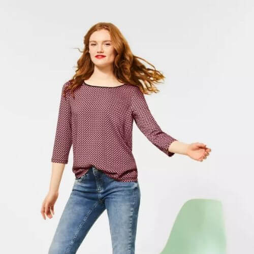 Bow Print Round Neck Top