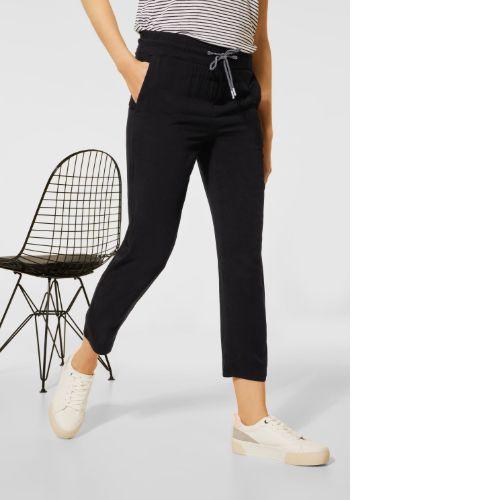 Black Loose Fit Trousers 26″ Leg