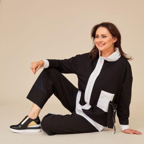 ORA Black Zip Jacket With Contrast Panels